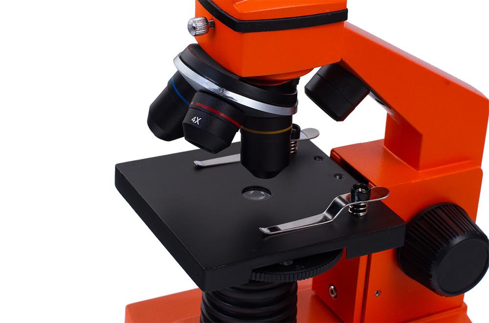 Mikroskopy urządzenia laboratoryjne